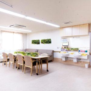 イミテーショングリーン介護施設 - ダイニンホールの施工例_after